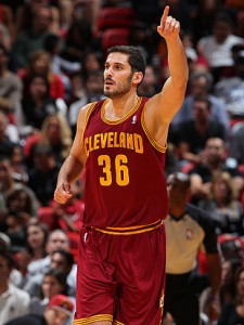 Omri-Casspi-has-been-playing-with-a-heavy-heart-of-late.-Getty-Images