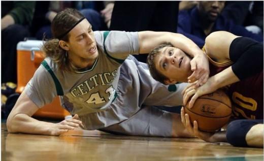 AP Photo/Steven Senne
